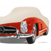 De katoenen autohoes is zacht, ademend en met de hand op maat gemaakt voor uw luxeauto.