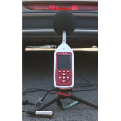 Bluetooth decibel meter gør motorens støjmåling.
