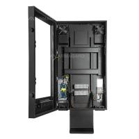 drive thru digital skiltning kabinet med døren åben