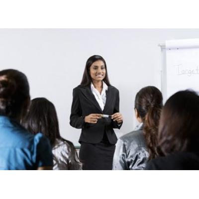 Finanzierung für die Ausbildung von Nicht-Finanzmanagern durch InterAnalysis