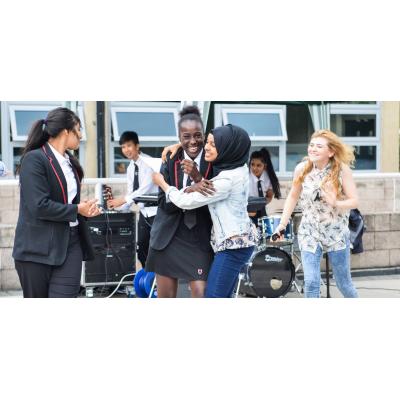 BBICO supplying instruments to school