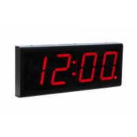 Relojes de señal potencia de cuatro dígitos sobre la vista lateral del reloj de Ethernet