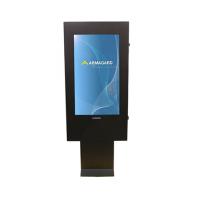 Frente de señalización digital al aire libre a la vista