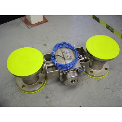 Dos válvulas de ingeniería con actuador