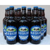 नीले शीर्ष आईपीए। अंग्रेजी ब्रुअरीज बोतलबंद शिल्प बियर का उत्पादन
