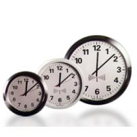 아날로그 라디오의 IP 시계 앞면 표시
