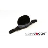 wireless personal decibel meter gemonteerd op een helm