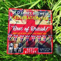 Britse brouwer van de bekroonde ambachtelijke bier