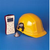 Iskrobezpieczny miernik poziomu dźwięku firmy Cirrus Research.