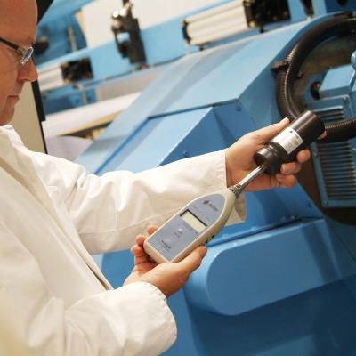 Calibrador acústico para medidores de nível de som.