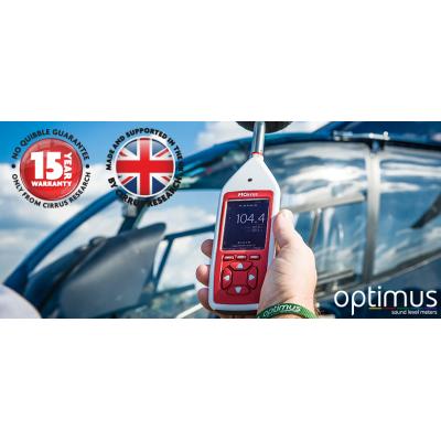 O medidor de som Optimus em uso no aeroporto.